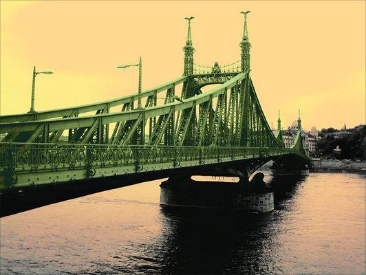 Budapest - Brücke über die Donau