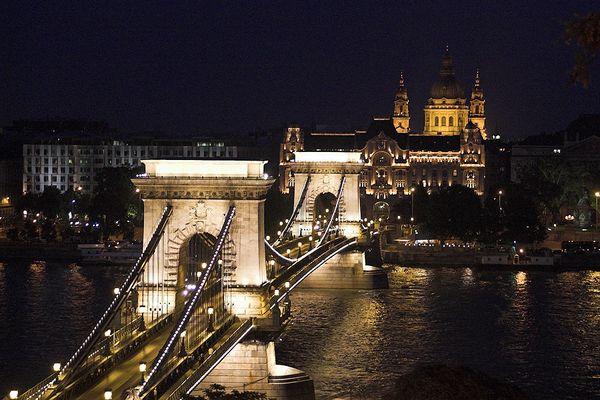*** Budapest by night ***