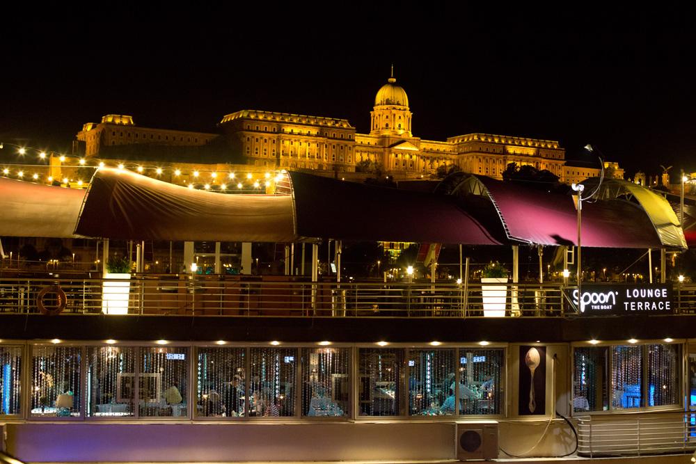 Budapest ist eine Reise wert.