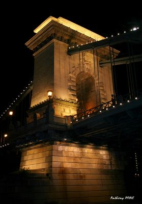 Budapest, Le Pont à Chaînes
