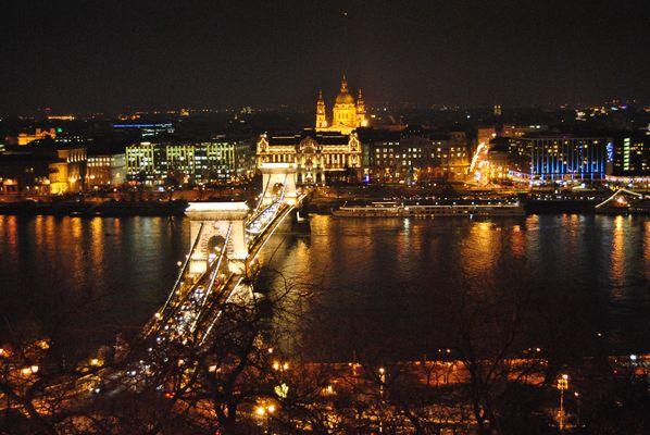 Budapest, notturno dal castello