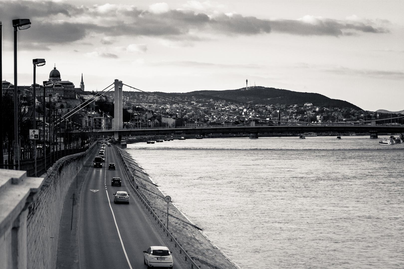 Budapest Verbindungsstraße