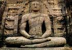 Buddha im Gal Vihara in Polonnaruwa