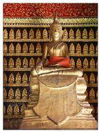 Buddha im Wat Xieng Thong - Luang Prabang, Laos