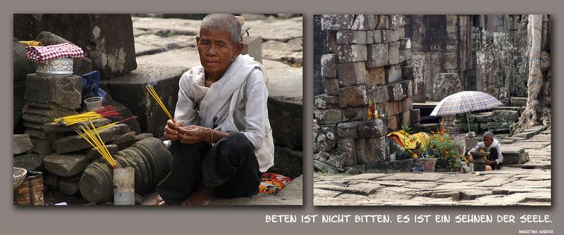 Buddhistische Nonne beim Gebet ...