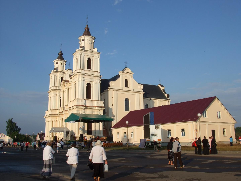Budslav 2013. Zweiter Tag von Feiern (zwischen 5 und 6 Uhr Morgens)