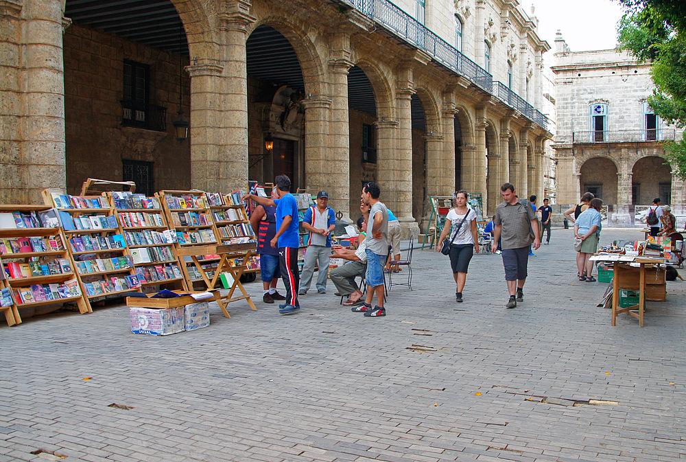..Bücherflohmarkt 1..