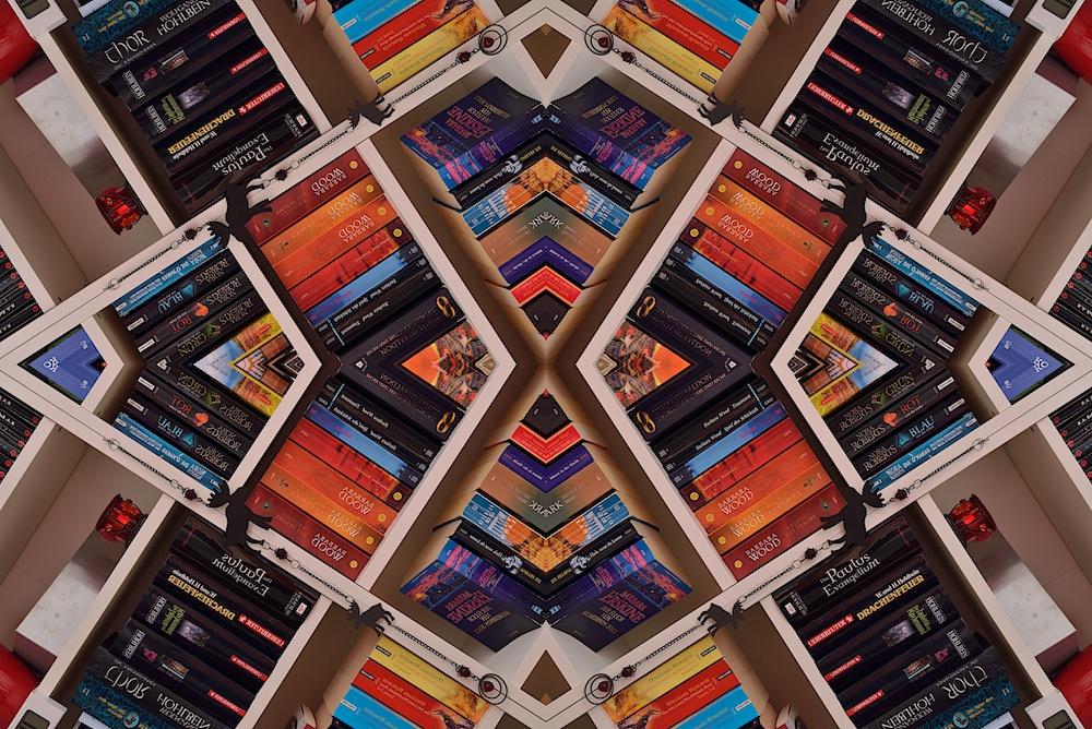 Bücherwand Kaleidoskop I