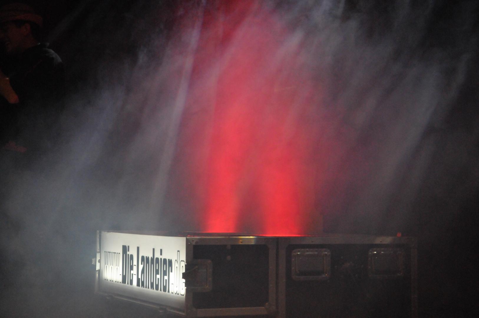 Bühnenshow (Die-Landeier)