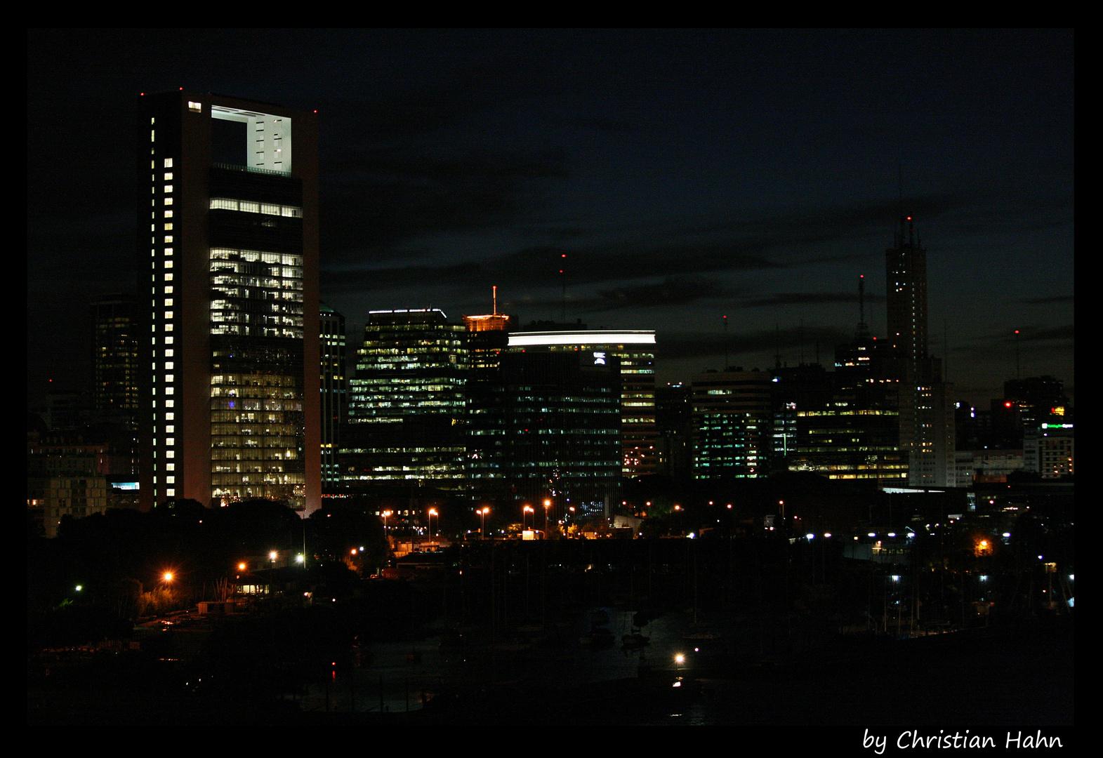 Buenos Aires (bei Nacht)