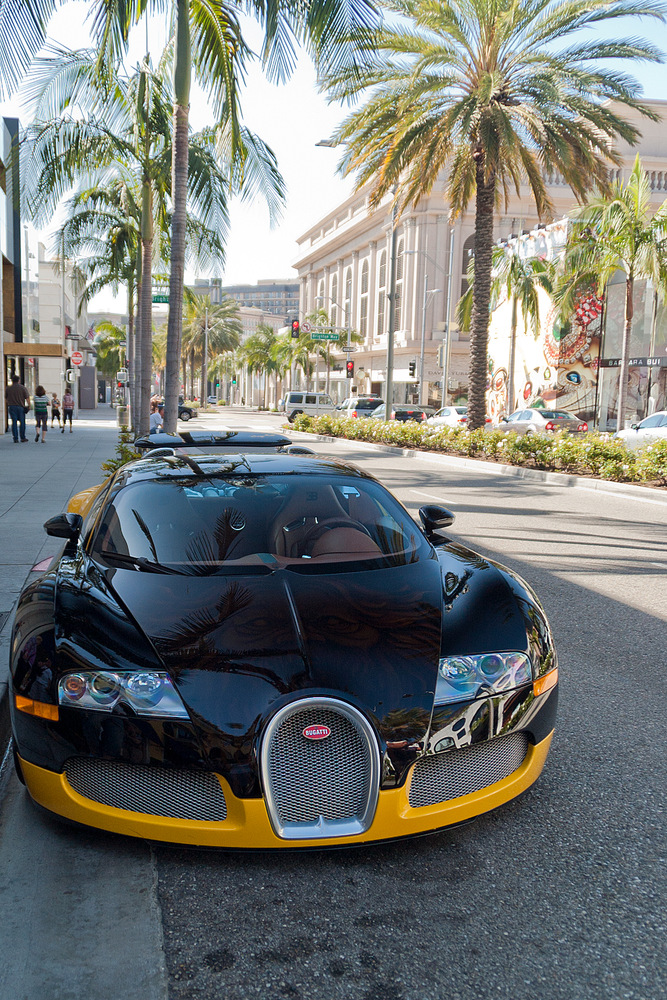 Bugatt Veyron (II); Los Angeles, Rodeo Drive