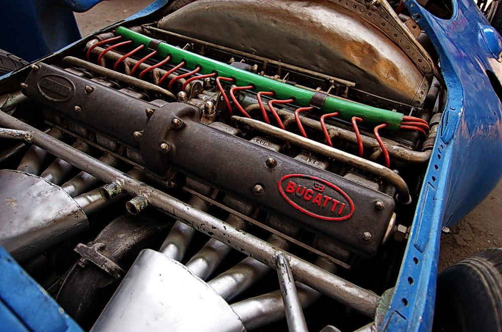 Bugatti Rennmotor