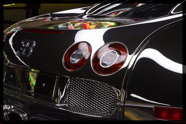 Bugatti Veyron 16.4 by Olaf Nicolai