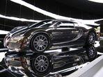 """Bugatti Veyron 3 im """"Premium Clubhouse"""""""