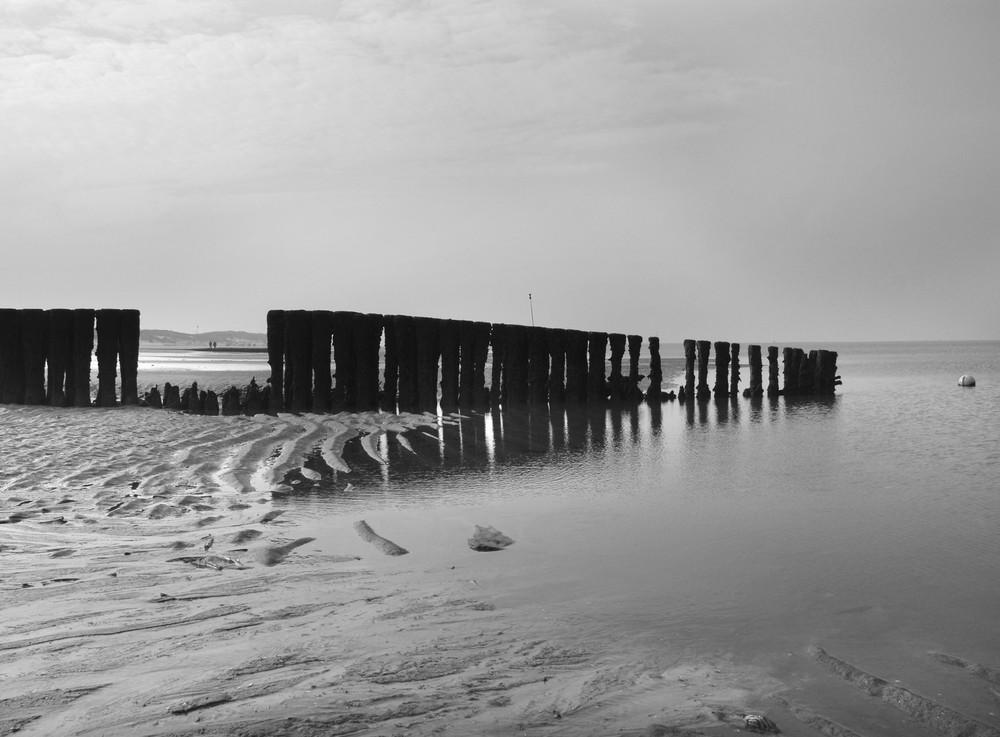 Buhnen am Strand von Norddorf