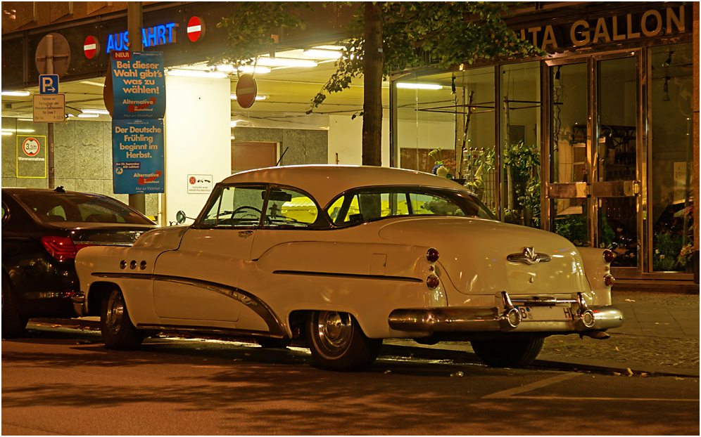 Buick Eight 02