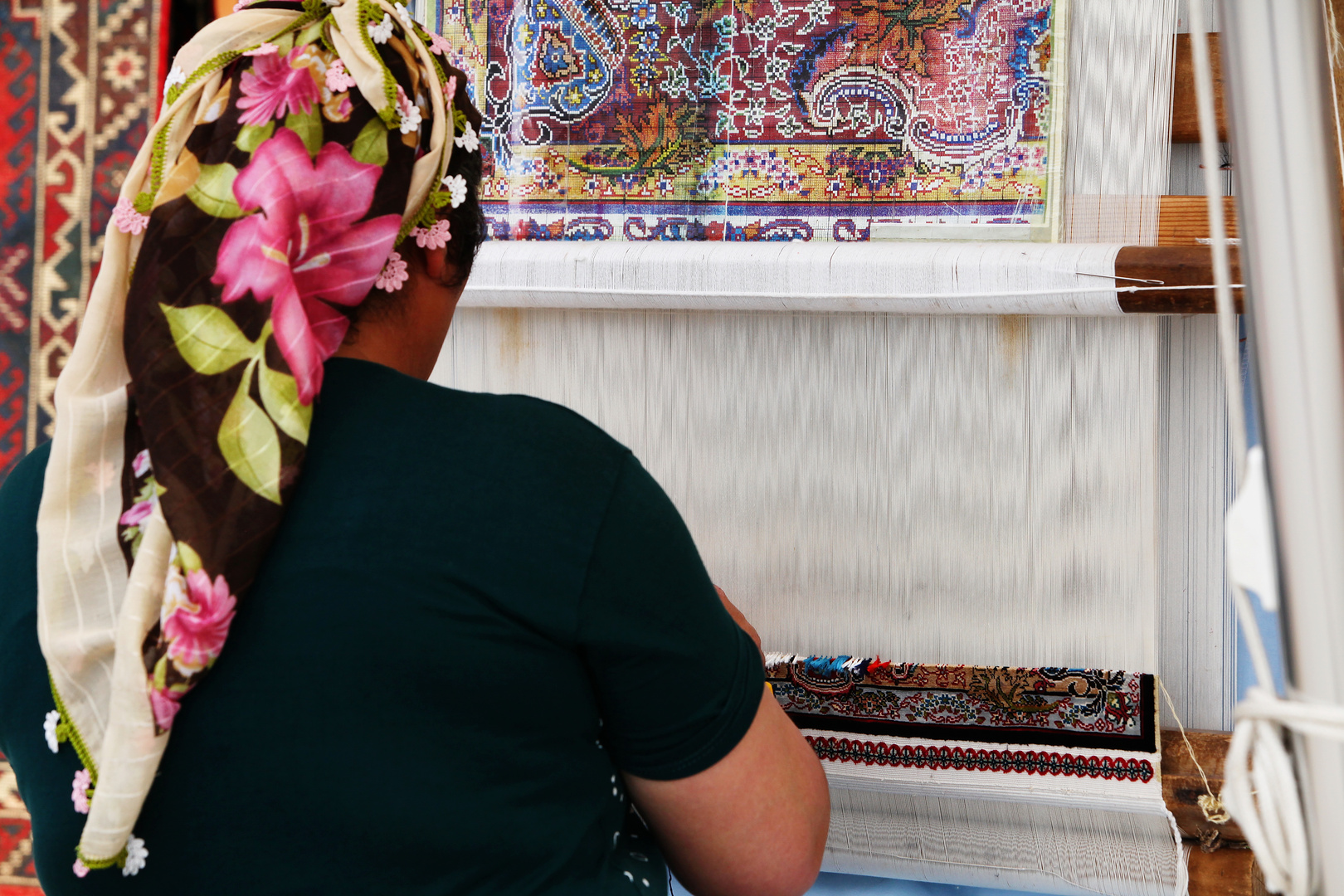 Build a Hereke Carpet