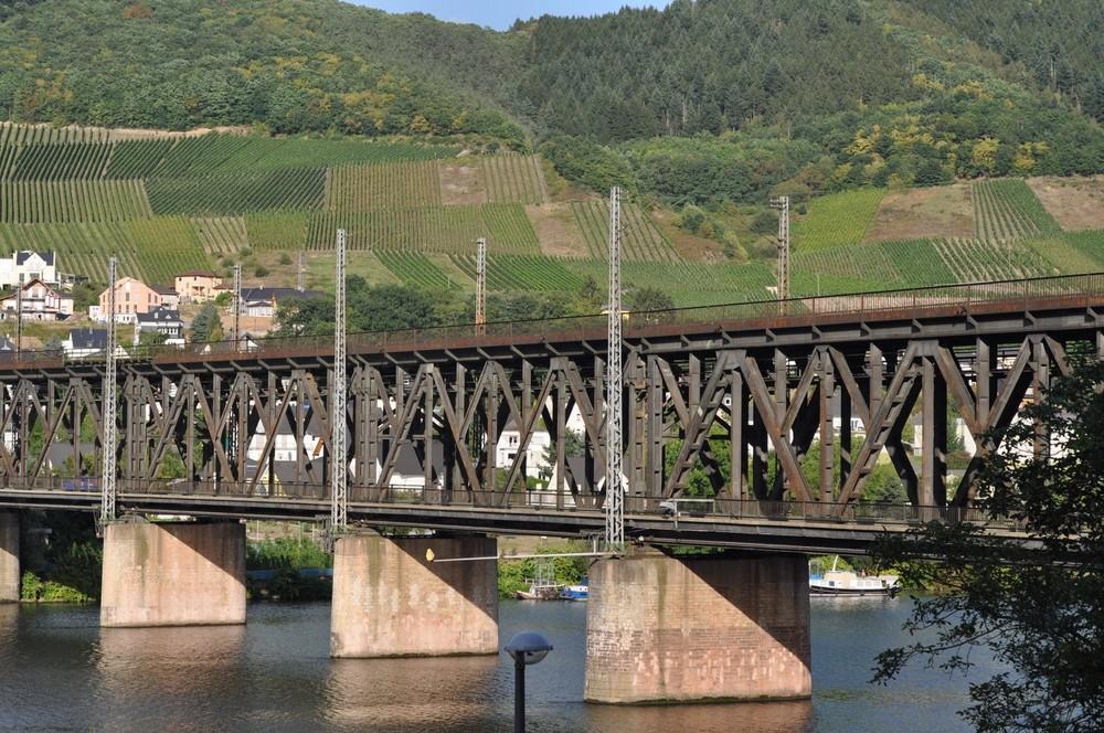 Bullay brug