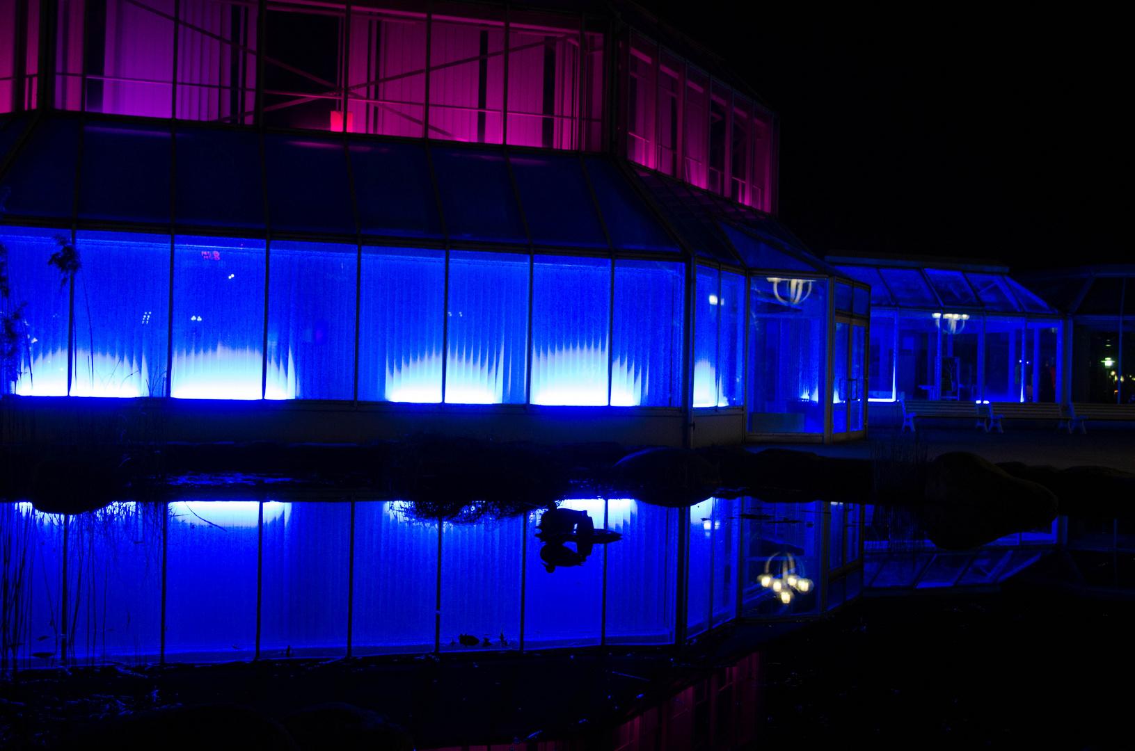 Bunte Nacht - Haus am See