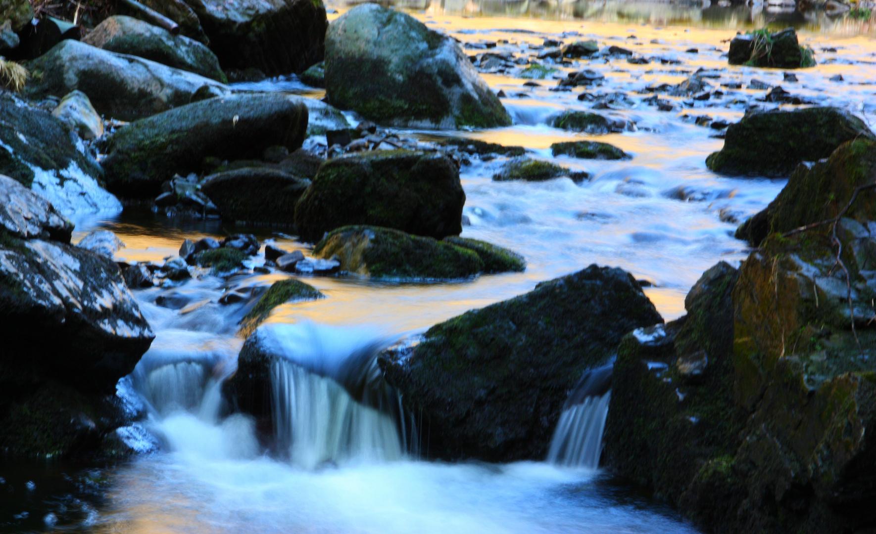 """bunter Wasser""""fall"""""""