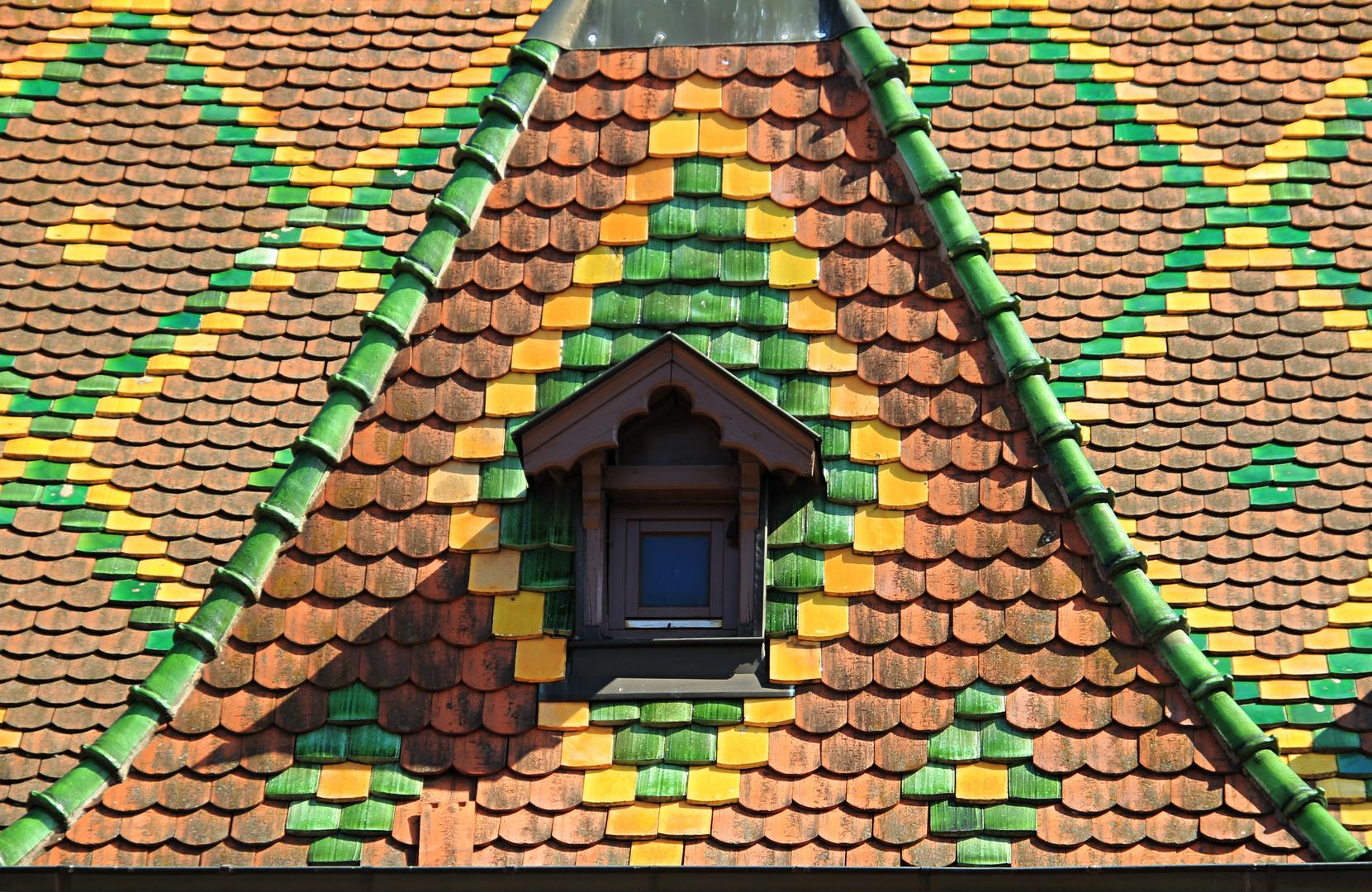 buntes Dach in Obernai - Elsass