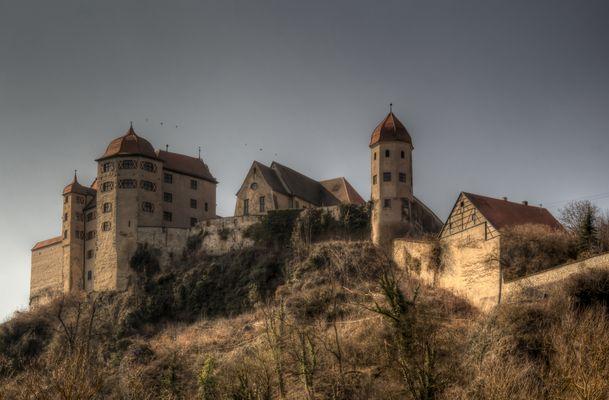 Burg..