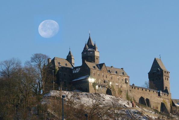 Burg Altena / NRW / Sauerland >>>