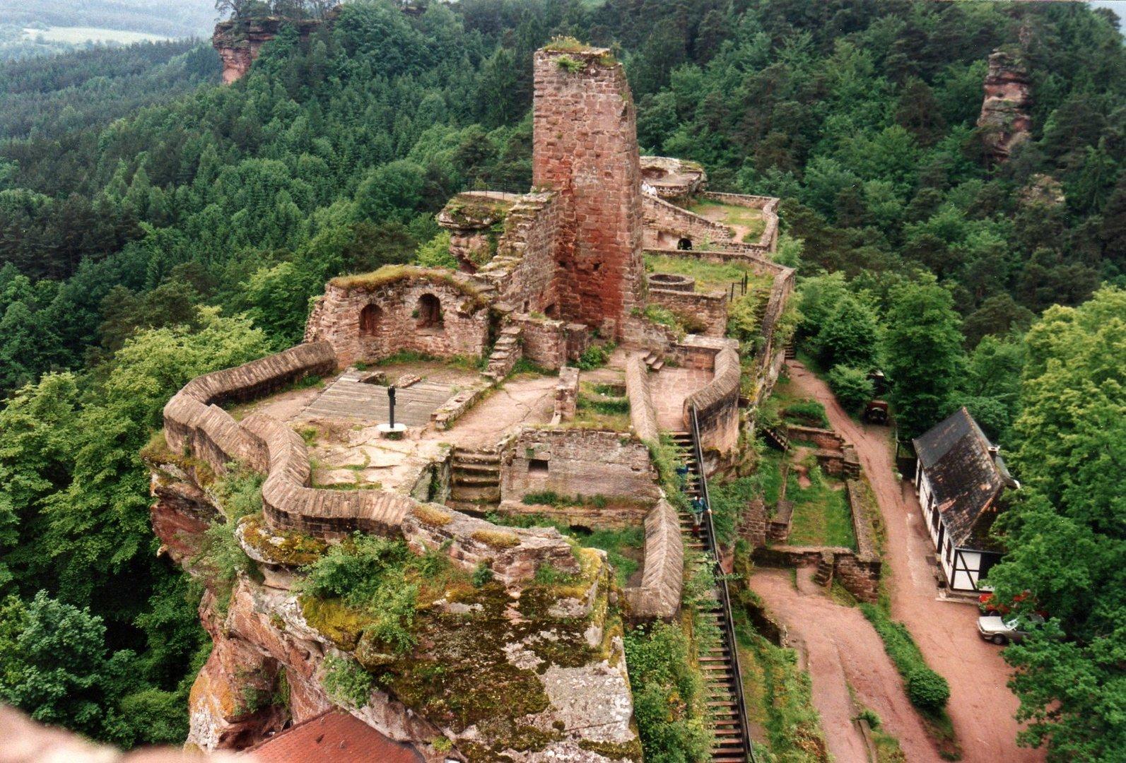 Burg Dahn Dahner Felsenland/Pfalz