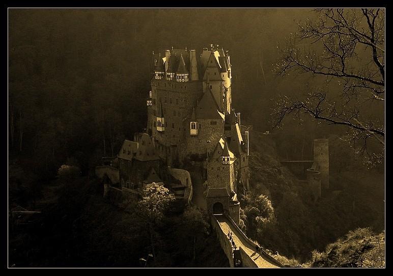 Burg Eltz (2)