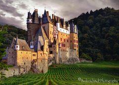 Burg Eltz ...