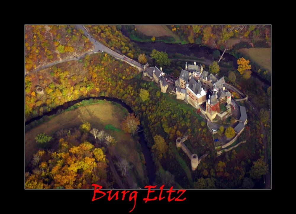 Burg Eltz, wie ein Vogel sie sieht