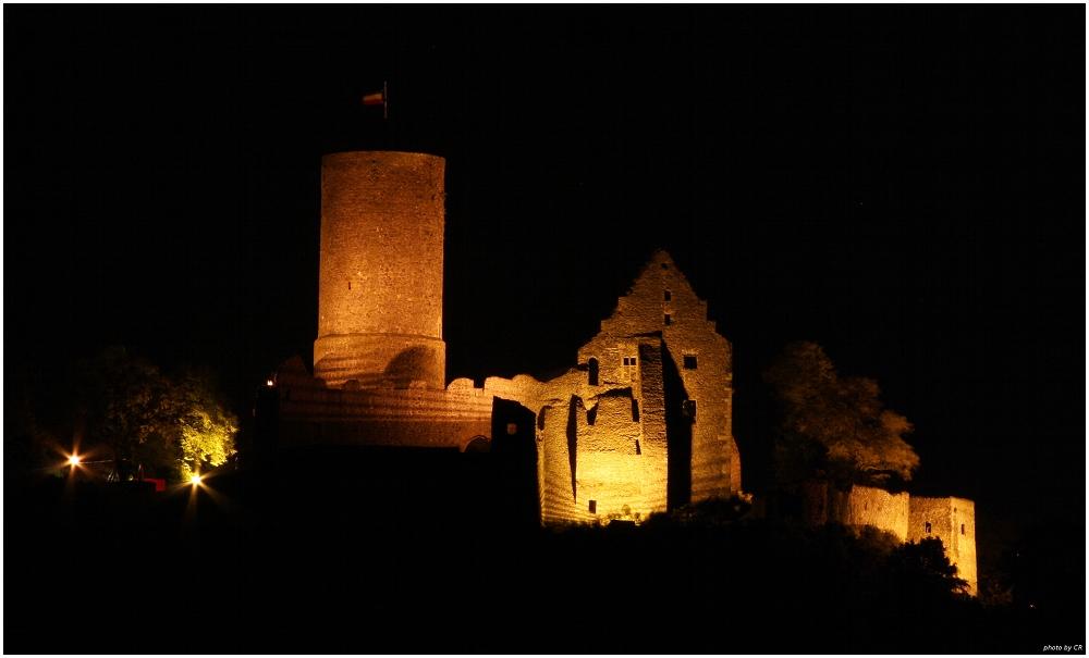 Burg Gleiberg bei Nacht