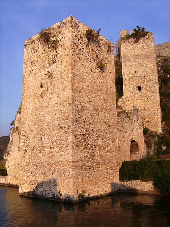 Burg Golubac3