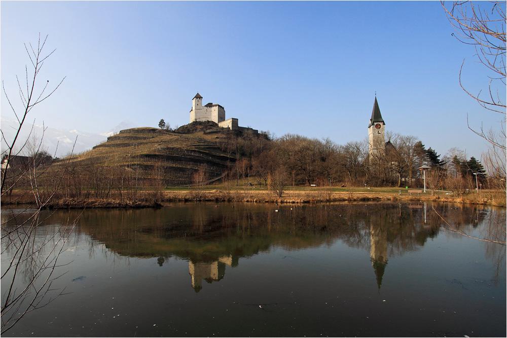 Burg Gutenberg und Pfarrkirche St. Nikolaus