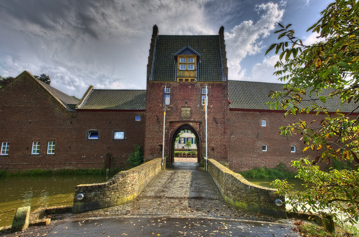 ~ Burg Heimerzheim ~