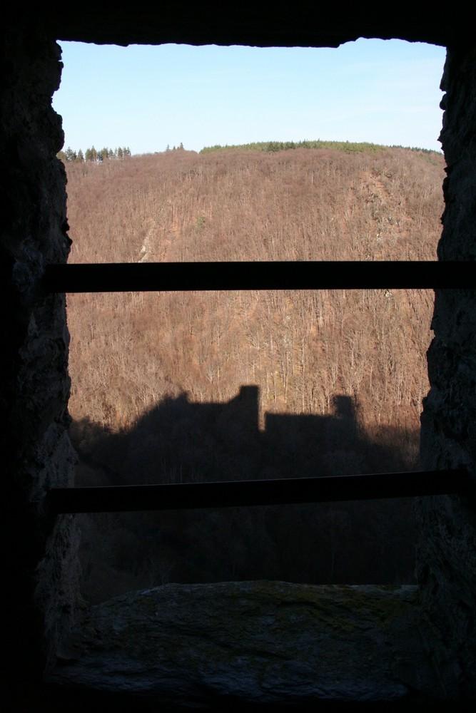 Burg Hohenstein irgendwo im oder am Taunus