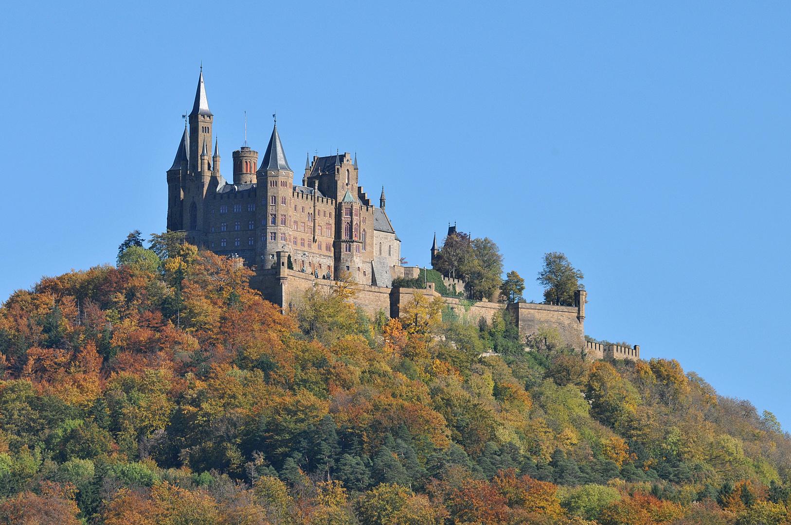 Burg Hohenzollern Blick vom Süd-Westen