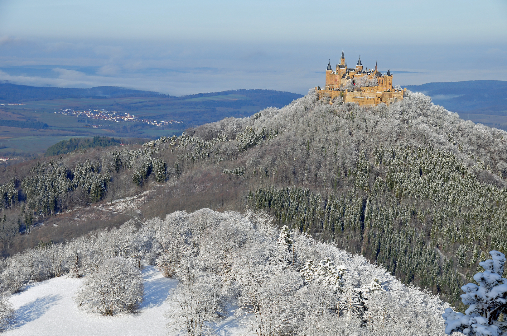 burg hohenzollern im winter foto bild jahreszeiten winter natur bilder auf fotocommunity. Black Bedroom Furniture Sets. Home Design Ideas