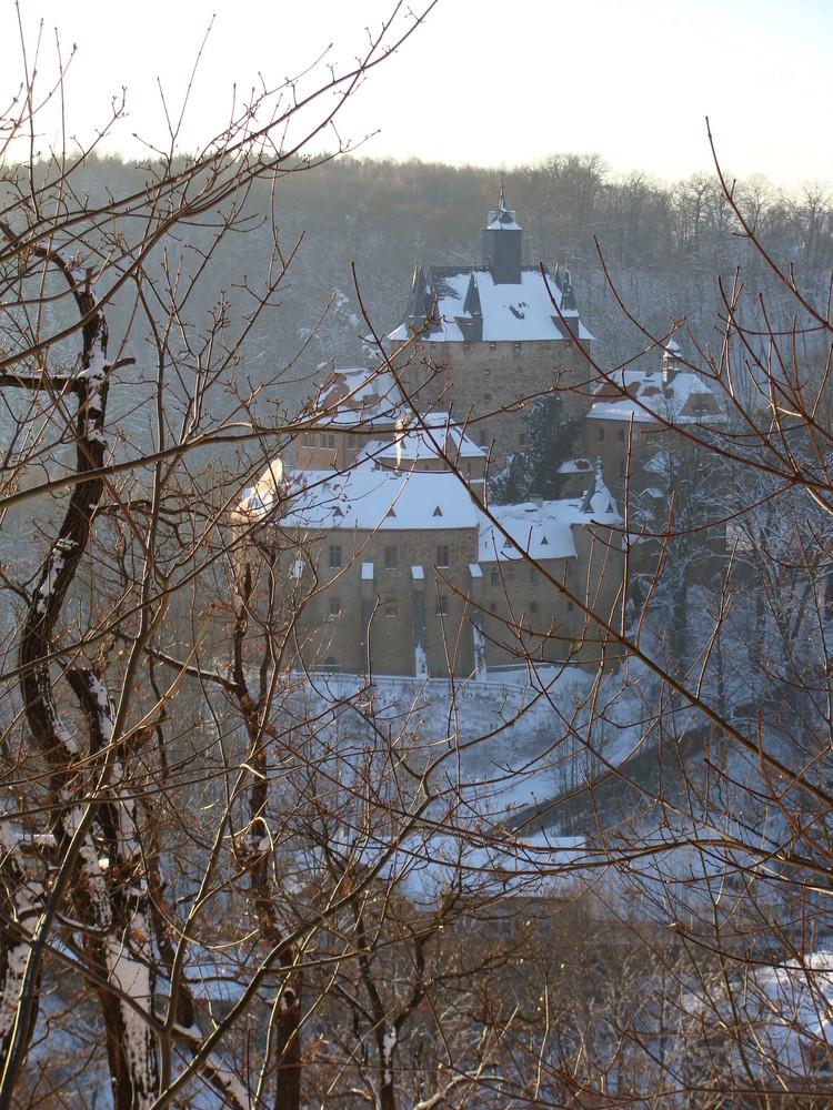 Burg Kriebstein im Schnee und Gegenlicht (3)