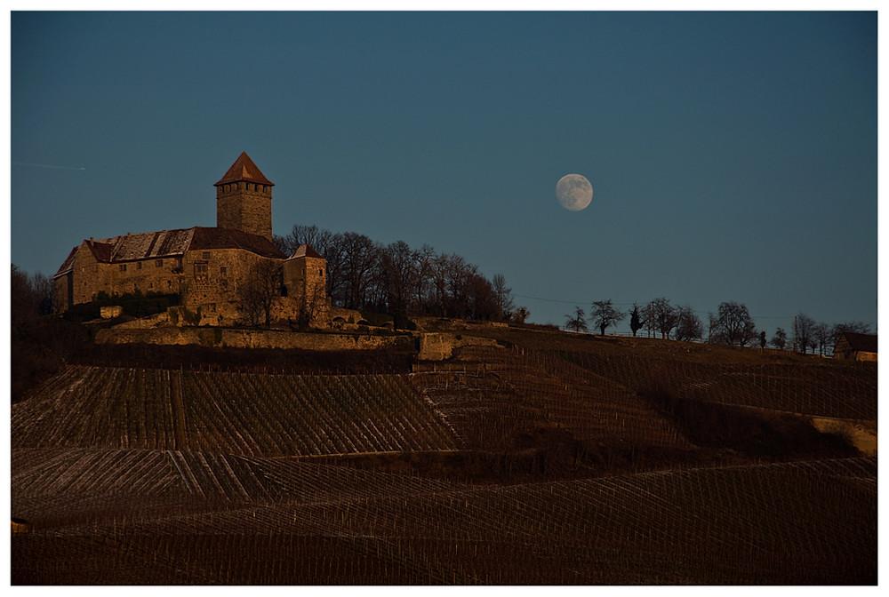 Burg Lichtenberg in Oberstenfeld - Sicht von Hof und Lembach