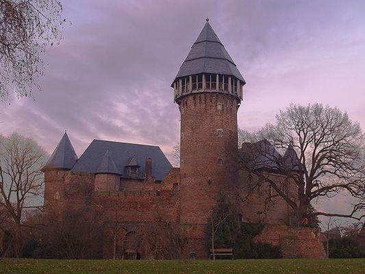 Burg Linn !