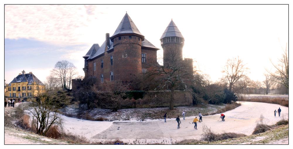 Burg Linn im Schnee