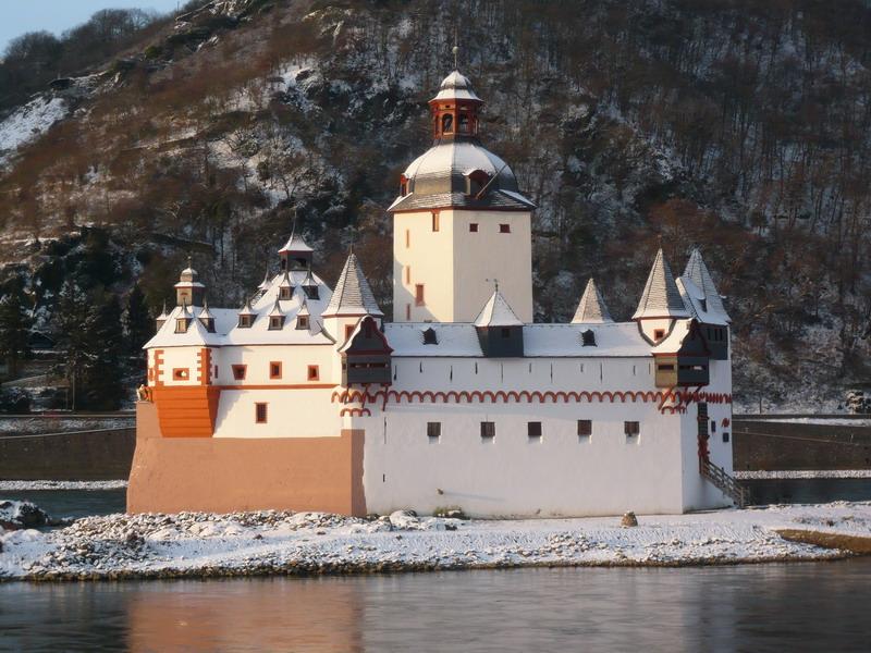 Burg Pfalzgrafenstein mit Puderzucker
