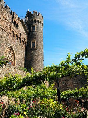 Burg Rheinstein Innenhof....