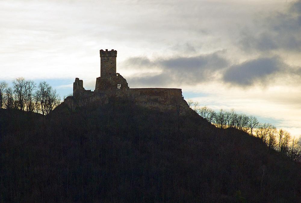 Burg Ruine von der A4 aus gesehen