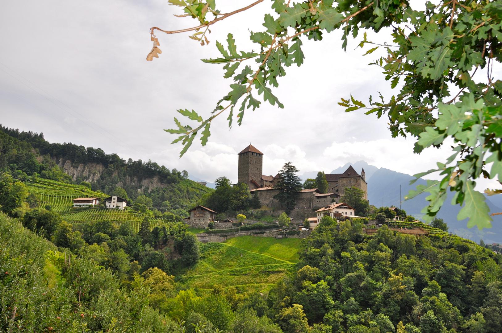 Burg Tirol im Vinschgau