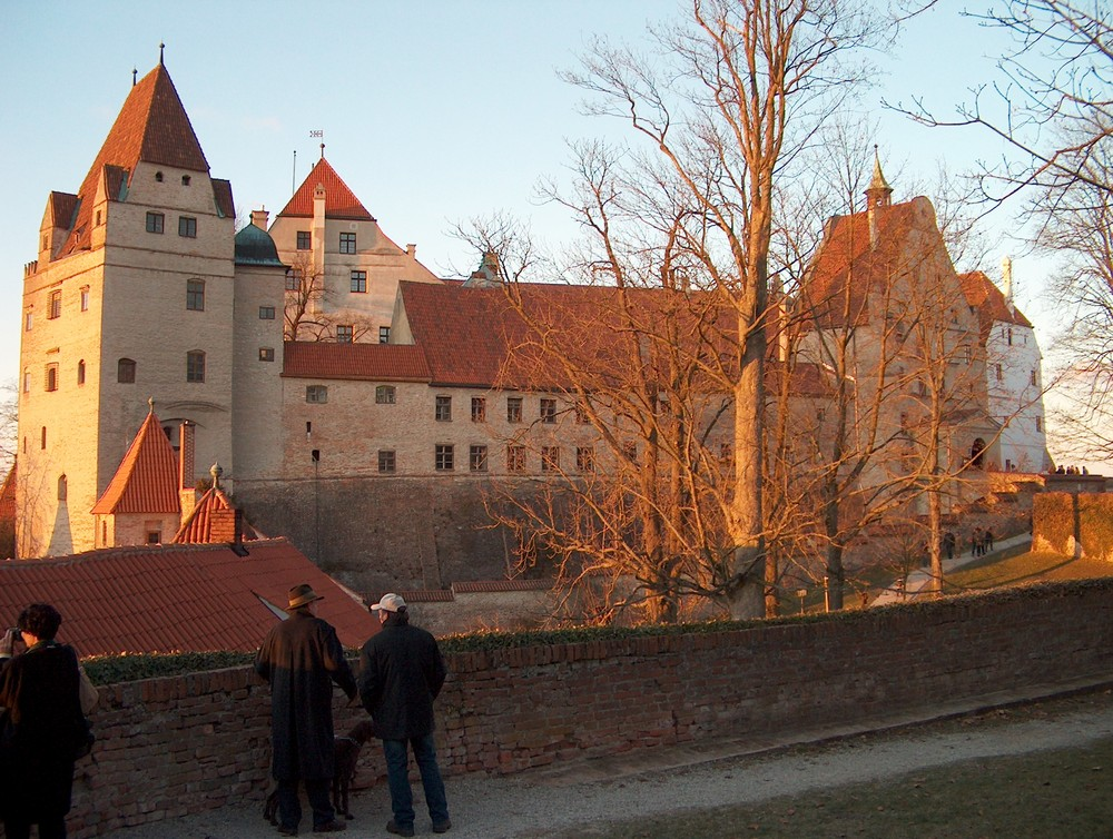 Burg Trausnitz im Abendlicht