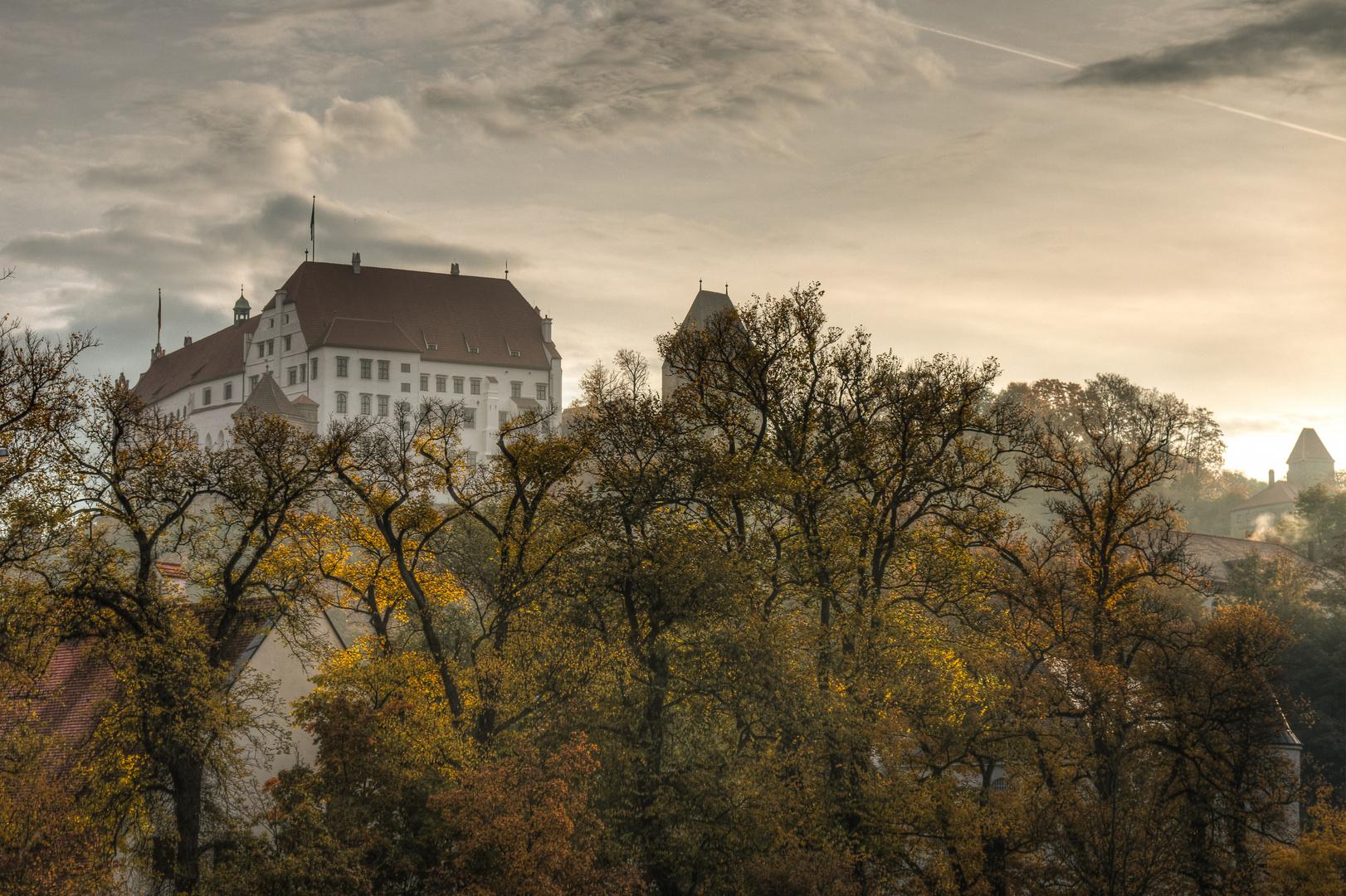Burg Trausnitz im Herbst