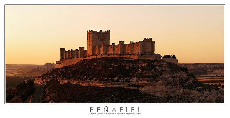 Burg von Peñafiel (Castilla y León, Spanien)