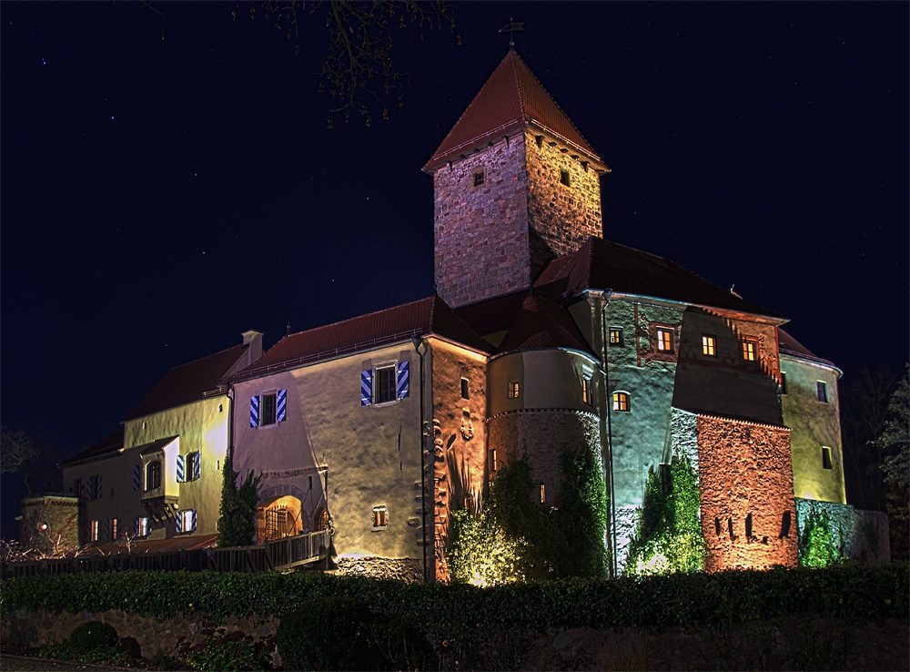 Burg Wernberg bei Nacht